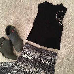 Super cute maxi skirt!